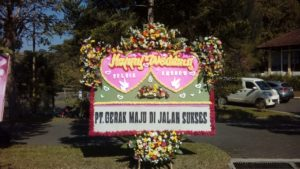 Toko Bunga Papan Wedding Di Bandung 085959000628